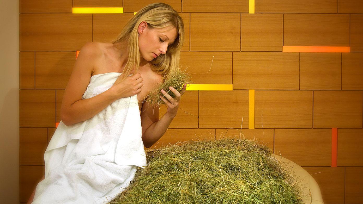 Happy sauna wellness today bagni di fieno