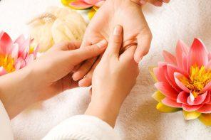 Automassaggio delle mani