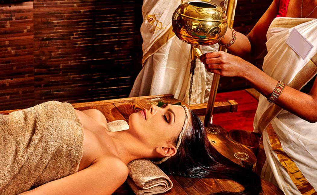 Massaggio Shirodara