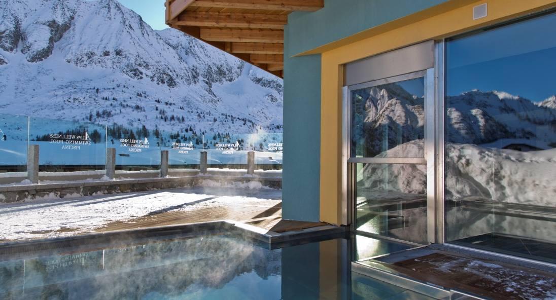 Spa hotel delle alpi con centro benessere a passo del tonale trentino - Hotel in montagna con piscina ...