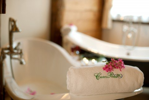Day SPA + bagno in coppia nelle vasche romantiche
