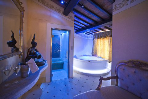 Week End di Pasqua in Spa Privata in Suite al Relais La Corte Dei Papi
