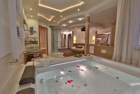 Hotel con spa in camera scopri le migliori spa suite in - Hotel con piscina in camera ...