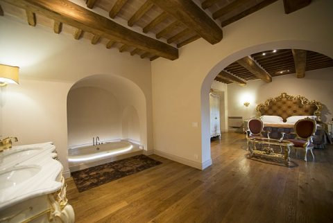 Week end  in Suite Spa con un lussuoso centro benessere privato in camera